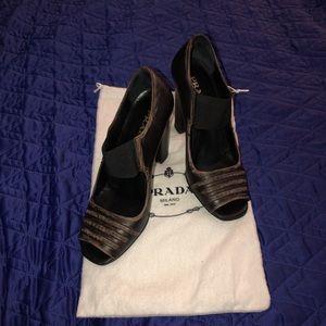 Black/rustic PRADA heels
